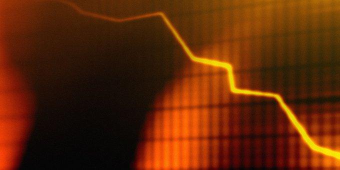 Das negative Zinsumfeld weitet sich aus. Über die Strafzinsen der Depotbanken trifft es auch die langfristige Geldanlage.