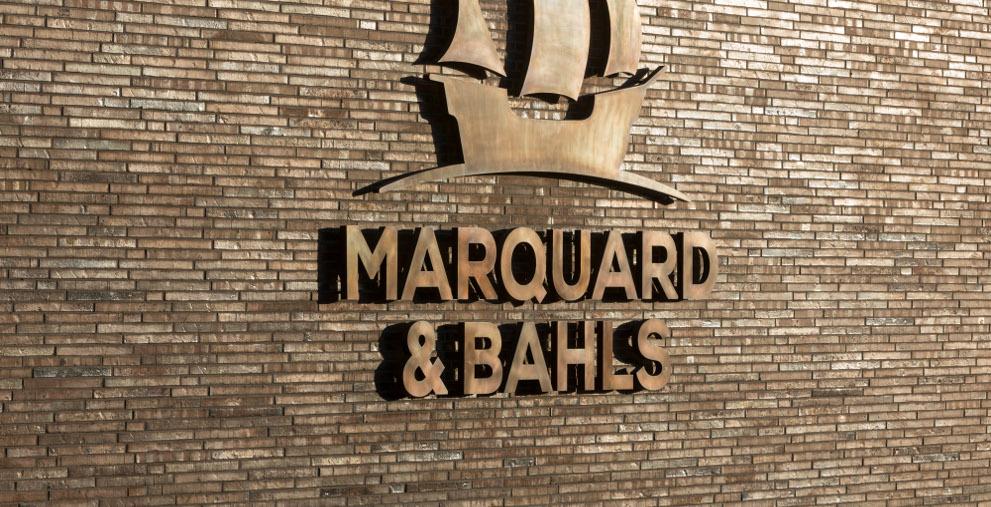 Der Versorger Marquard & Bahls modernisiert seine Strukturen im Zahlungsformate.