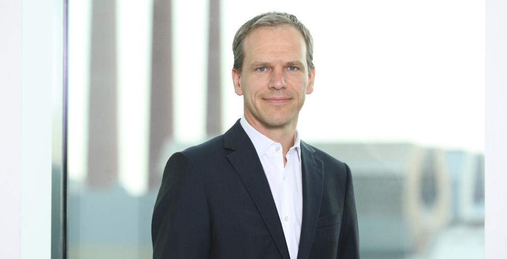 Schott-Treasurer Dieter Worf hat einen Schuldschein über Debtvision platziert.