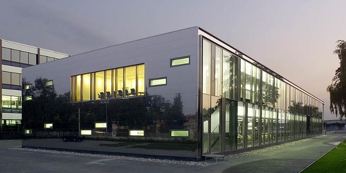 Volkswagen Financial Services hat 900 Millionen Euro mit Schuldscheindarlehen eingesammelt.