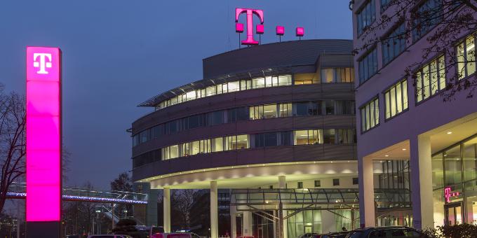 Die Telekom sammelt über eine Euro-Anleihe Geld für ihre US-Tochter ein.