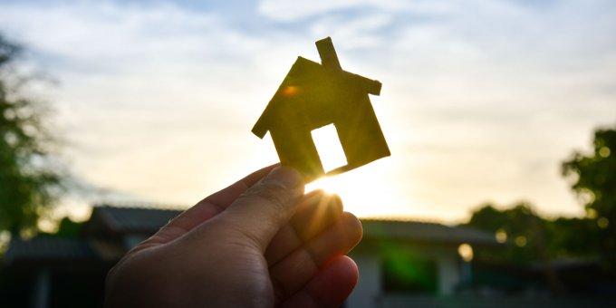 Adler Real Estate hat eine neue Anleihe über 800 Millionen Euro platziert.