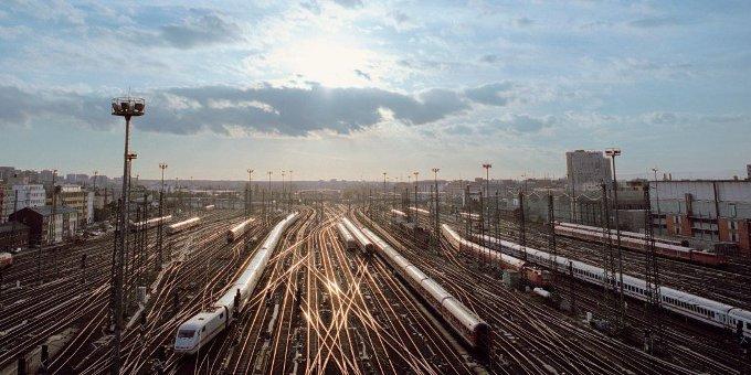 Die Deutsche Bahn begibt eine neuen Anleihe und sammelt 750 Millionen Euro ein.
