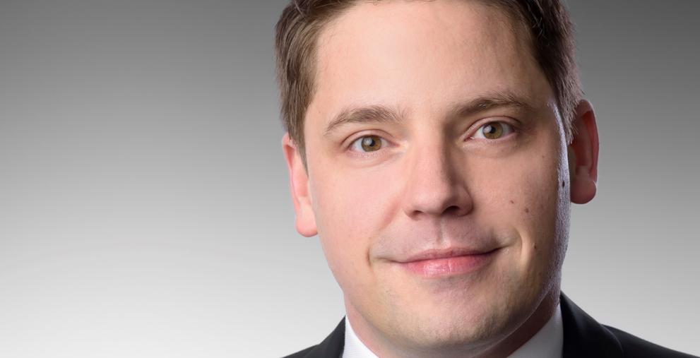 Constantin Huebner ist neuer Vorstand des TMS-Anbieter Serrala.