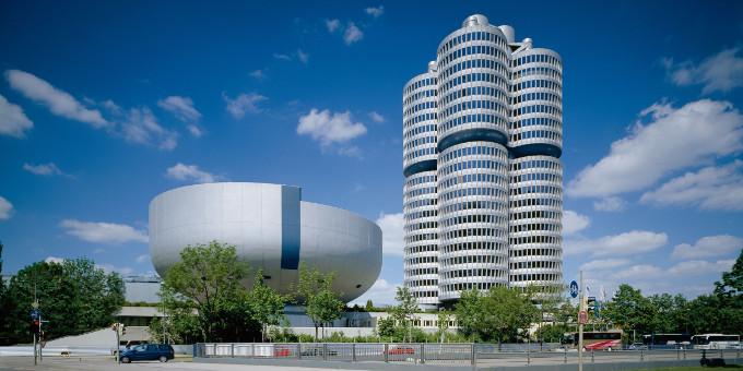 BMW hat erfolgreich einen Rupien-Bond platziert.
