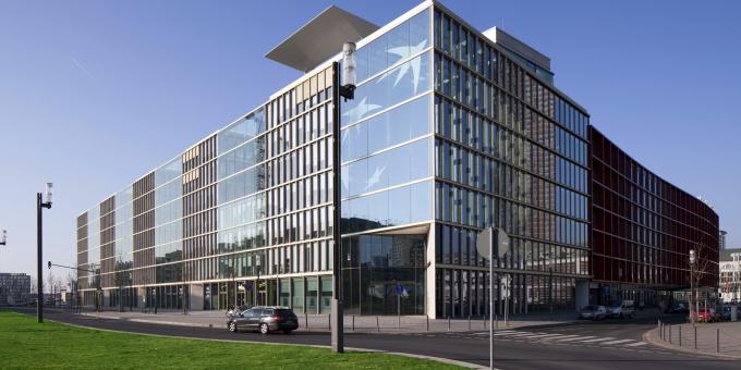 Die BNP Paribas Deutschland hat sich Verstärkung für das Firmenkundengeschäft in Deutschland geholt: Osteuropachef Laurent Poiron rückt an Torsten Murkes Seite.