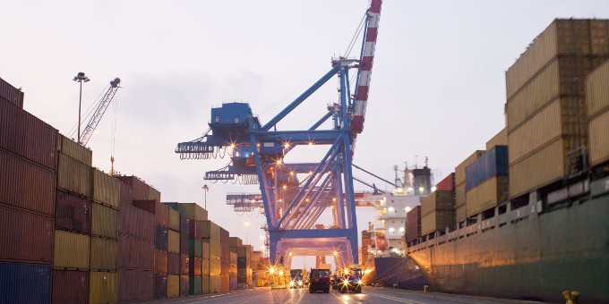Exporteure, die sich gegen Forderungsausfälle absichern wollen, müssen mit steigenden Kosten rechnen.