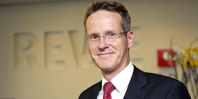 Klaus Wirbel, Leiter Finanzen der Rewe Group, über den neuen syndizierten Kredit