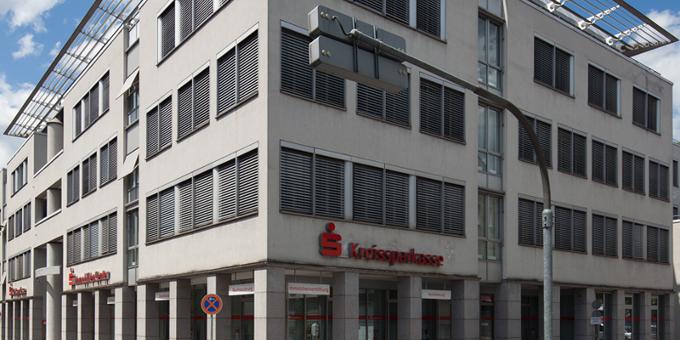 Burkhard Wittmacher folgt als CEO bei der Sparkasse Esslingen-Nürtingen auf Frank Scholz.