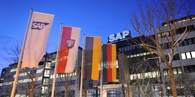 Der größte deutsche Softwarehersteller SAP sichert sich eine 2-Milliarden-Euro Kreditlinie.