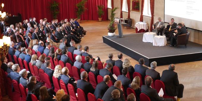 Cash Management Campus in der Wolkenburg in Köln.