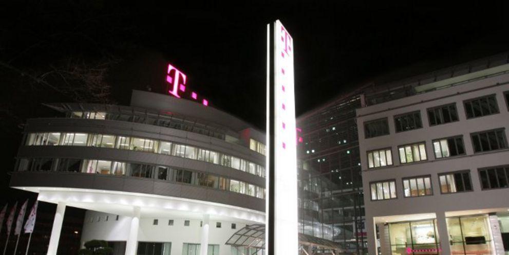 Die Deutsche Telekom hat zum zweiten Mal in diesem Jahr Milliarden am Bondmarkt eingesammelt, diesmal allerdings eine andere Währung.