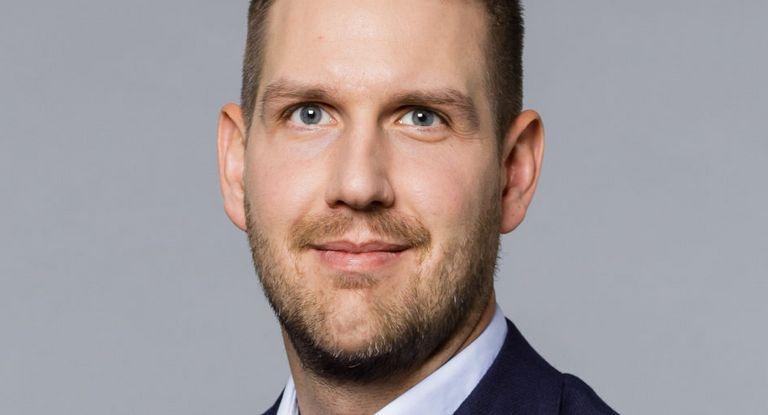 Steven Williams ist Director Treasury und Investor Relations bei Adva Optical Networking. Im Corona-Jahr 2020 stand für ihn die Liquiditätssicherung ganz oben auf der Agenda.