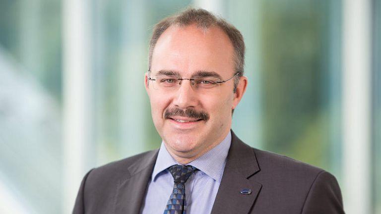 Ralf Fenske arbeitet bereits seit 21 Jahren für die Paul Hartmann AG. Seit 2006 ist er bei dem Hersteller und Vertreiber von Medizin- und Pflegeprodukten Senior Vice President Accounting, Treasury und Tax.