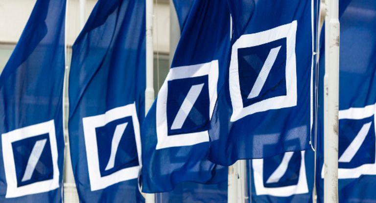 """Die Deutsche Bank geht mit einer neuen digitalen Plattform namens """"Blue Port"""" an den Start."""