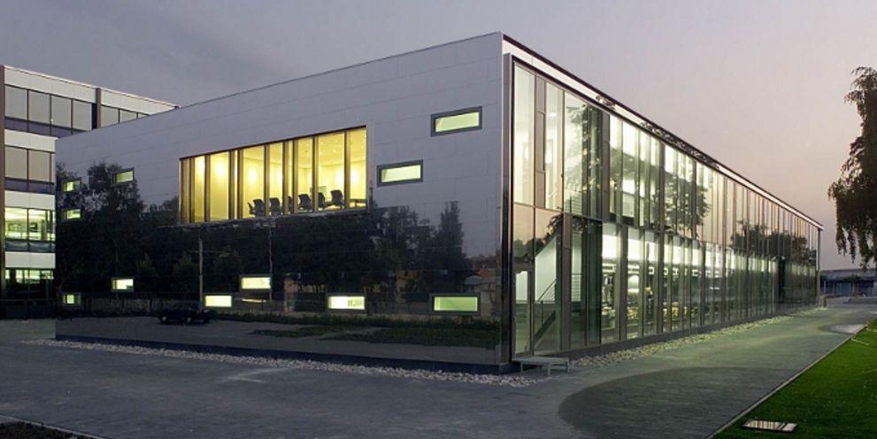 VW Financial Services kehrt an den Schuldscheinmarkt zurück und sammelt 900 Millionen Euro ein.
