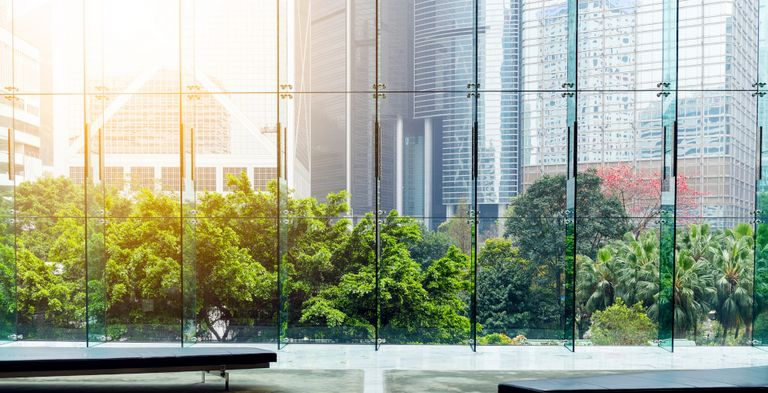 Nachhaltigkeit wird bei den meisten Unternehmen inzwischen groß geschrieben. Wie wichtig die ESG-Faktoren für Emittenten und Investoren sind, zeigt eine aktuelle Studie der HSBC.