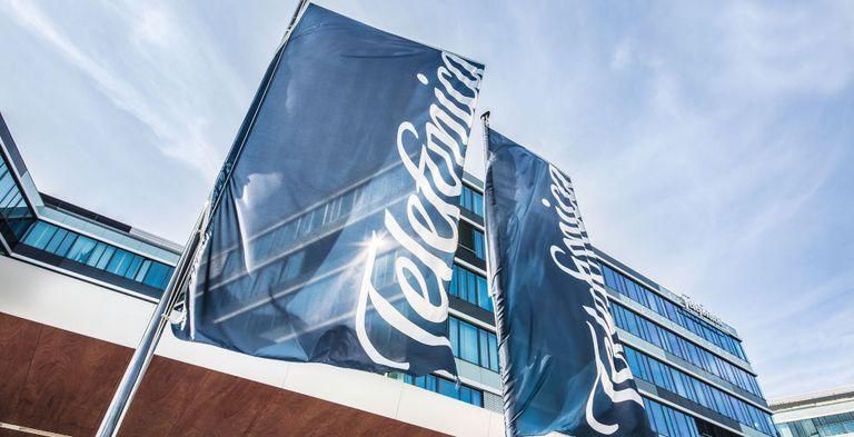 Der Mobilfunkkonzern Telefónica Deutschland ist bei seiner aktuellen Schuldscheinemission zweigleisig gefahren.