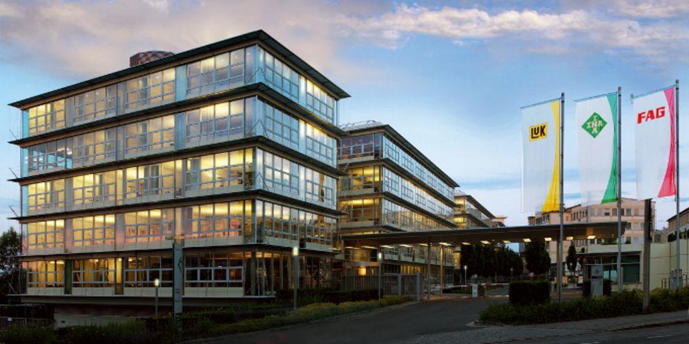 Unternehmensfinanzierung: Schaeffler, Continental, Rewe
