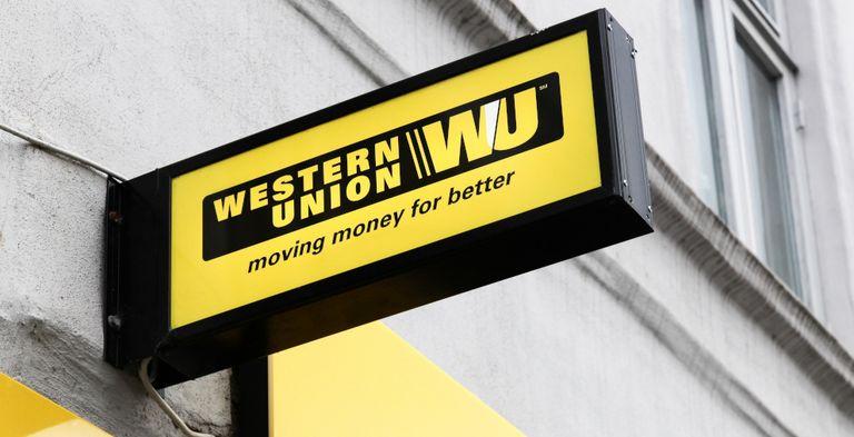 Western Union verkauft seine Firmenkundensparte an zwei Finanzinvestoren.