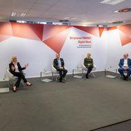 Top-Treasurer diskutierten am Dienstagmorgen auf der Structured FINANCE (von links): Harald Fritsche (Deloitte), Birgit Böhm (BMW), Michael J. Schütt (Fraport), Birka Benecke (BASF), Rando Bruns (Merck) und Moderatorin Desirée Buchholz (DerTreasurer)