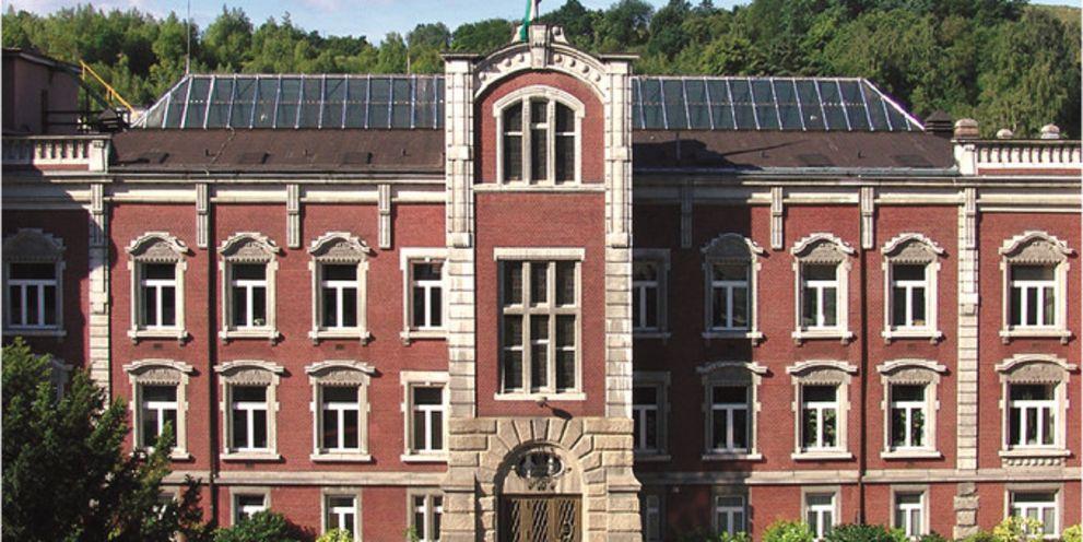 Das Traditionshaus Prym in Stolberg, Konsortialkredit, Finanzierung