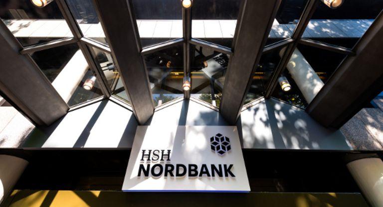 Die HSH Nordbank richtet ihr Firmenkundengeschäft neu aus.