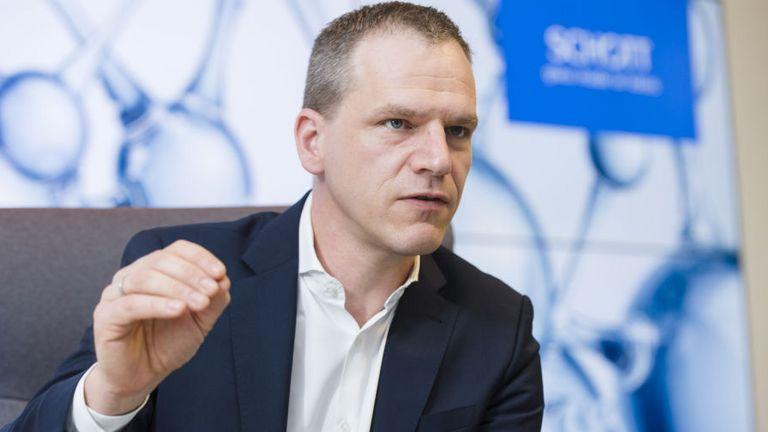 Schott-Treasury-Chef Dieter Worf hat die Blockchain-Plattform Marco Polo getestet.