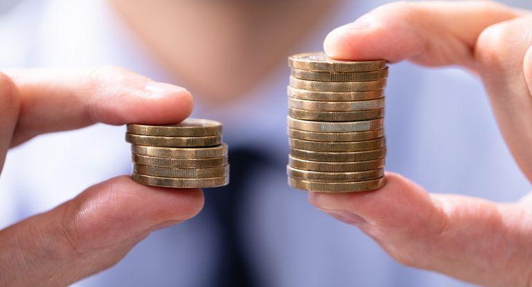 Verschiedene Faktoren beeinflussen die Gehaltshöhe bei Treasurern – die Branche ist einer davon.