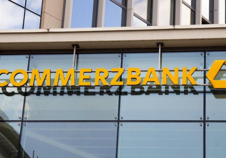 Die Commerzbank will mit Microsoft einen Großteil ihrer Services in die Cloud hieven.