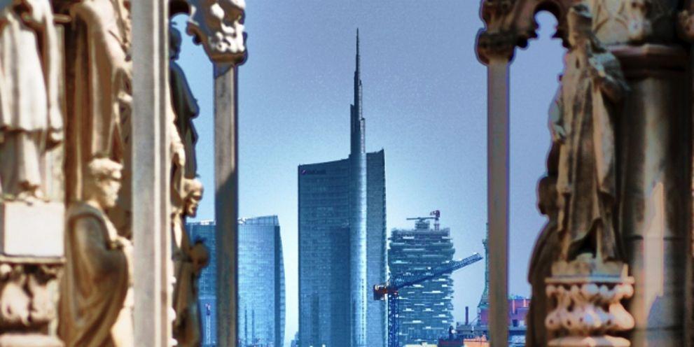 Die italienische Großbank Unicredit muss aufgrund einer Reihe von Sondereffekten einen historisch tiefen Verlust von etwa 11,8 Milliarden Euro ausweisen.