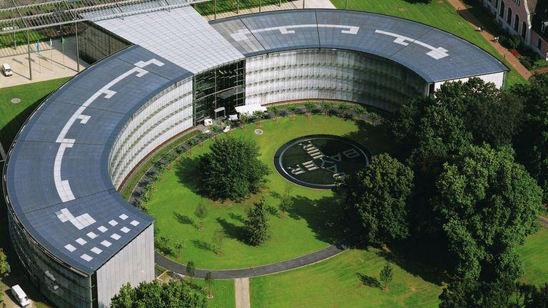 Bayer besorgt sich frisches Kapital am Anleihemarkt.