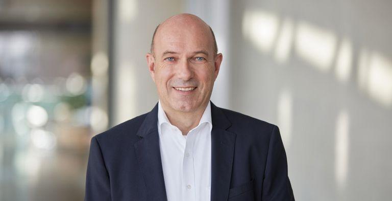 Axel Tillmann leitet bereits seit 2006 Treasury und Corporate Finance bei der Lufthansa.