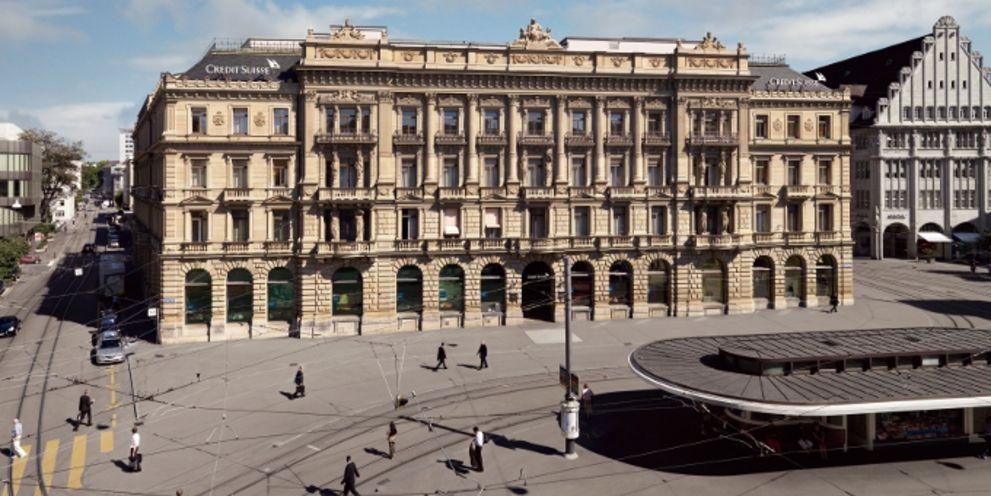 Die Credit Suisse am Züricher Paradeplatz: Die Schweizer Großbank hat mit Alain Schmid einen neuen Leiter für das Corporate Cash Management berufen.
