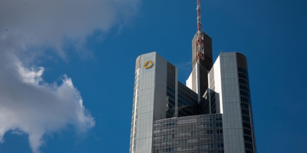 Die Commerzbank will mit digitalen Produkten bei Mittelständlern punkten.