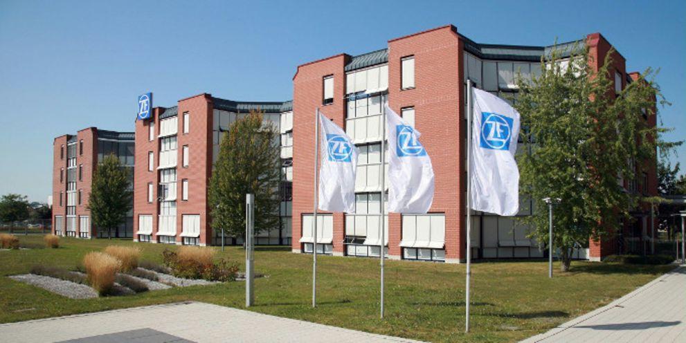 ZF Friedrichshafen wurde zum ersten Mal von Moody's geratet. Außerdem plant der Konzern weiteres Geld einzusammeln.