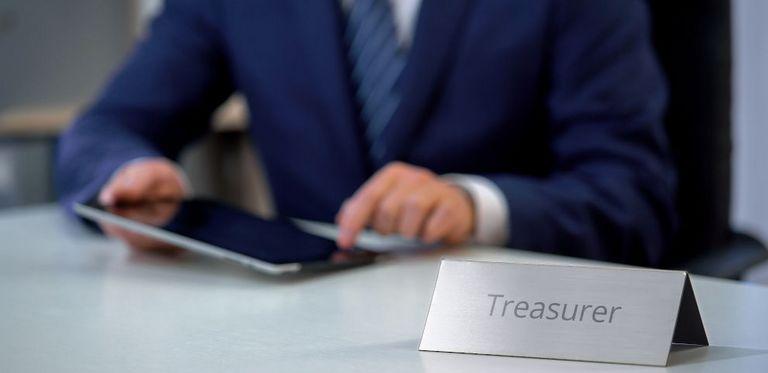 Nur Mut: Naturwissenschaftler, ITler und Wirtschaftsingenieure können einen Quereinstieg ins Treasury wagen.