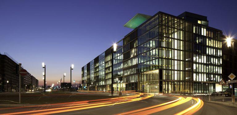 Zentrale in Frankfurt: BNP Paribas will wichtigste ausländische Bank für Firmenkunden bleiben.