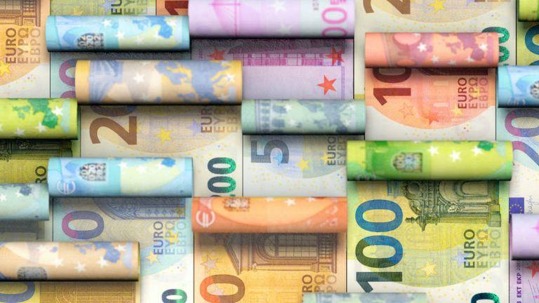 Nicht nur in Euro wird gehandelt: Beim Währungsmanagement hat der Mittelstand noch Nachholbedarf.
