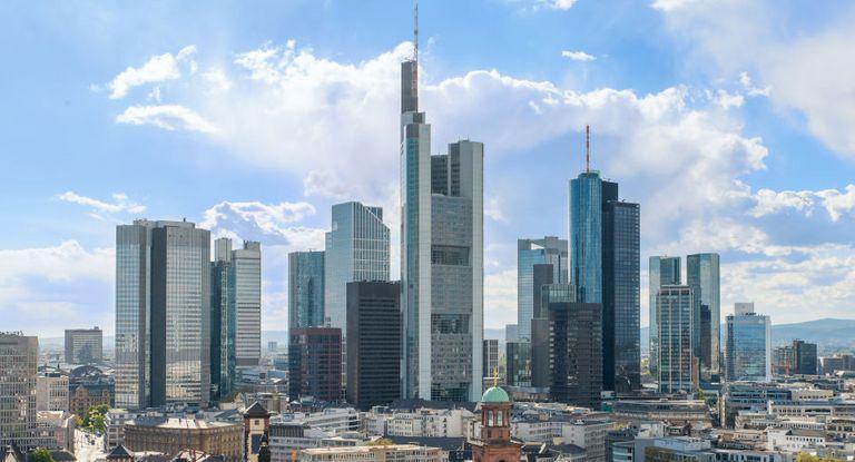 Aus Deutschland ist die Deutsche Bank an dem Pilotprojekt der EZB und Swift beteiligt.