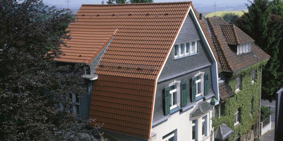 Der Dachsystemhersteller Braas Monier schließt mit seiner neuen Corporate-Finanzierung ein teilweise sehr aufregendes Kapitel in seiner Unternehmensgeschichte ab.