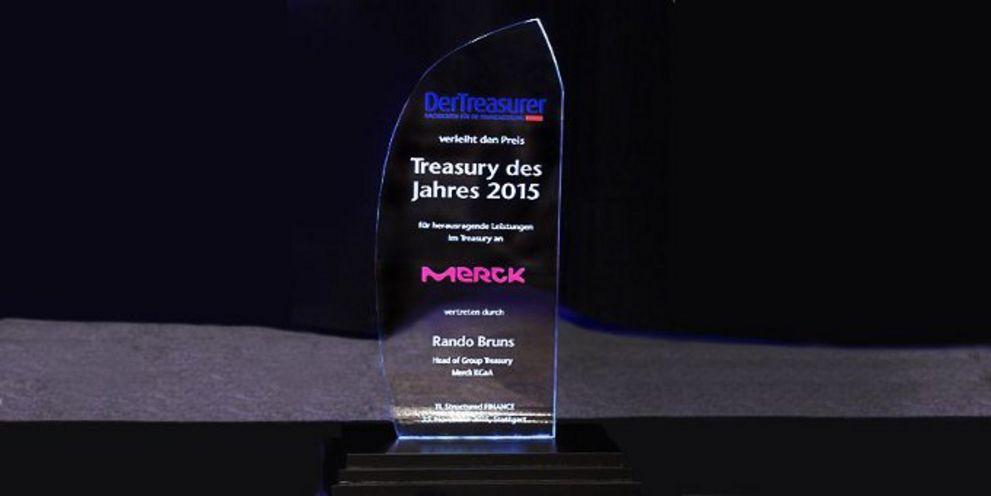 """Die Redaktion DerTreasurer vergibt in diesem Jahr wieder den Preis """"Treasury des Jahres"""" und zeichnet damit exzellente Leistungen im Finanzmanagement aus."""