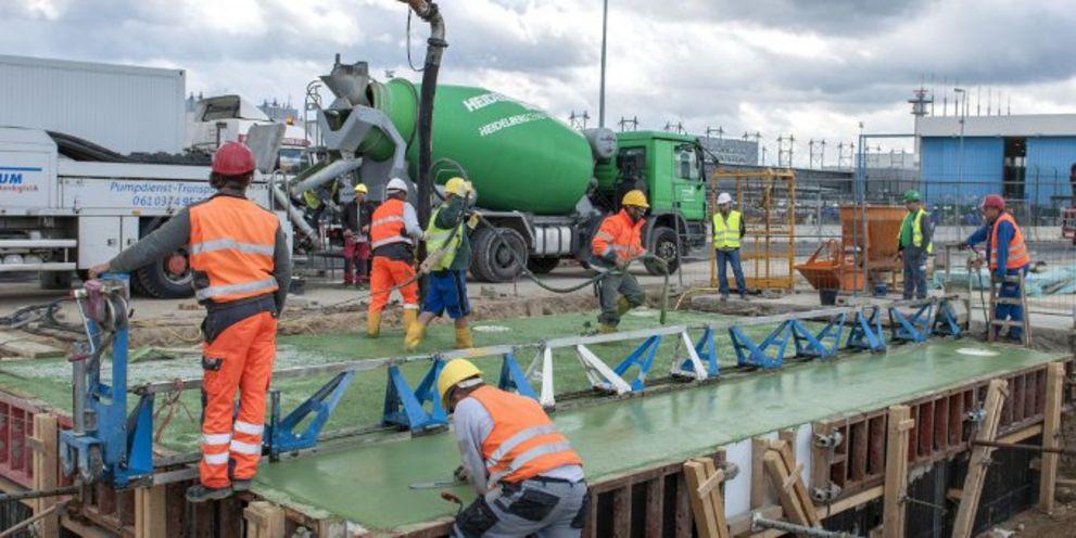Heidelberg Cement schließt eine neue Finanzierung mit besseren Konditionen ab.
