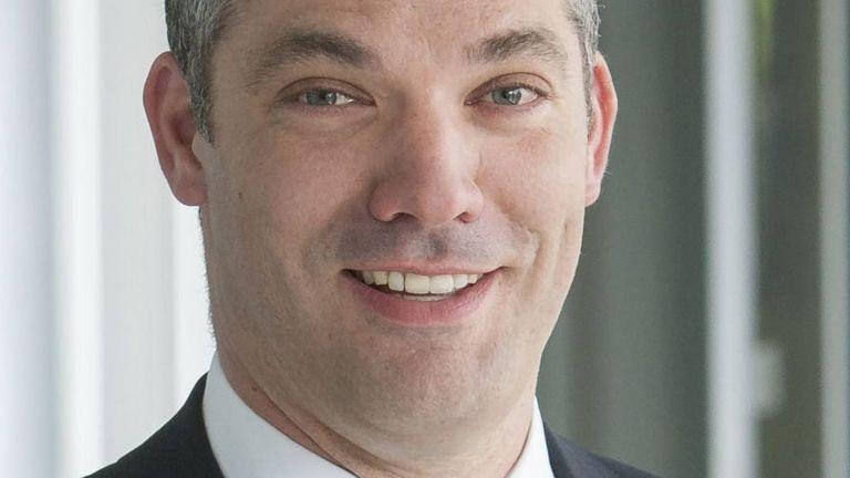 Martin Bassermann ist seit Juli 2017 Executive Director Finance & Controlling bei dem Immobilieninvestor Corestate.