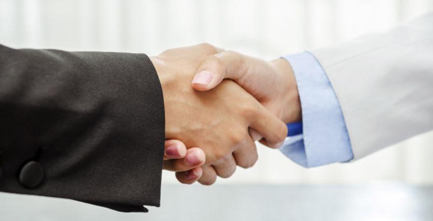 Banken kooperieren zunehmend mit FinTechs – gerade in Deutschland.