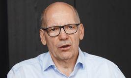 Kurt Schäfer ist Daimlers Treasury-Chef. Am 9. November wird er in Stuttgart auf der Structured FINANCE über den Schuldschein sprechen, den sein Team via Blockchain platziert hat.
