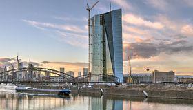 Die EZB in Frankfurt am Main: Banken sind gezwungen, ihre Strategie zu überdenken