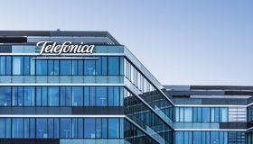 Telefonica Deutschland begibt als zweites Unternehmen einen Schuldschein über die Blockchain-Technolgie.