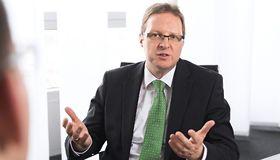 Treasury-Chef Steffen Diel spricht über die aktuelle Kapitalmarkttransaktion von SAP.