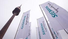 Siemens zapft zum vierten Mal den Dollar-Bondmarkt an – und sammelt Milliarden ein.